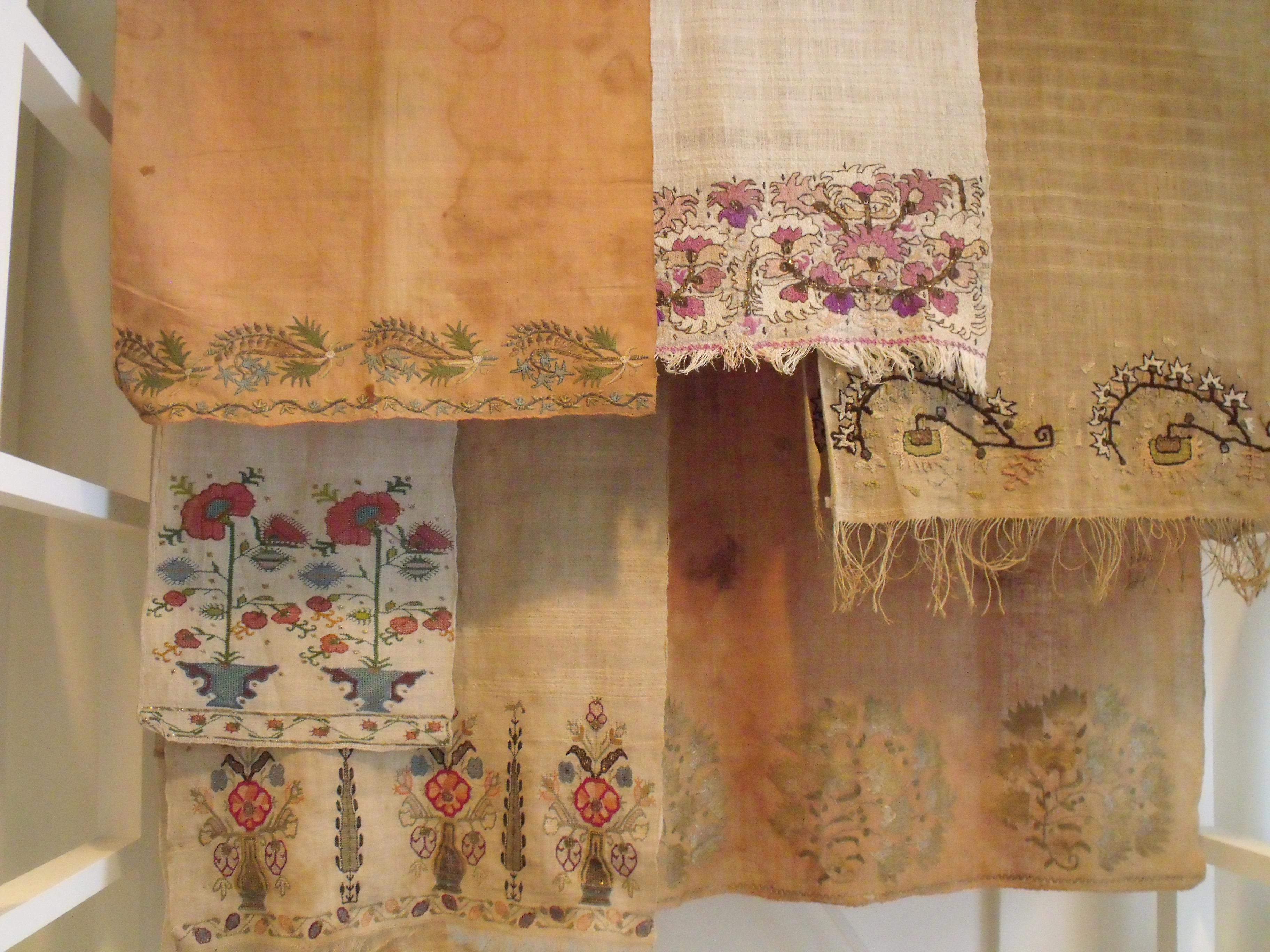 Embroidered towels and sashes, Turkey, 19th to 20th Century. CSROT, Photo: Ruth Clifford