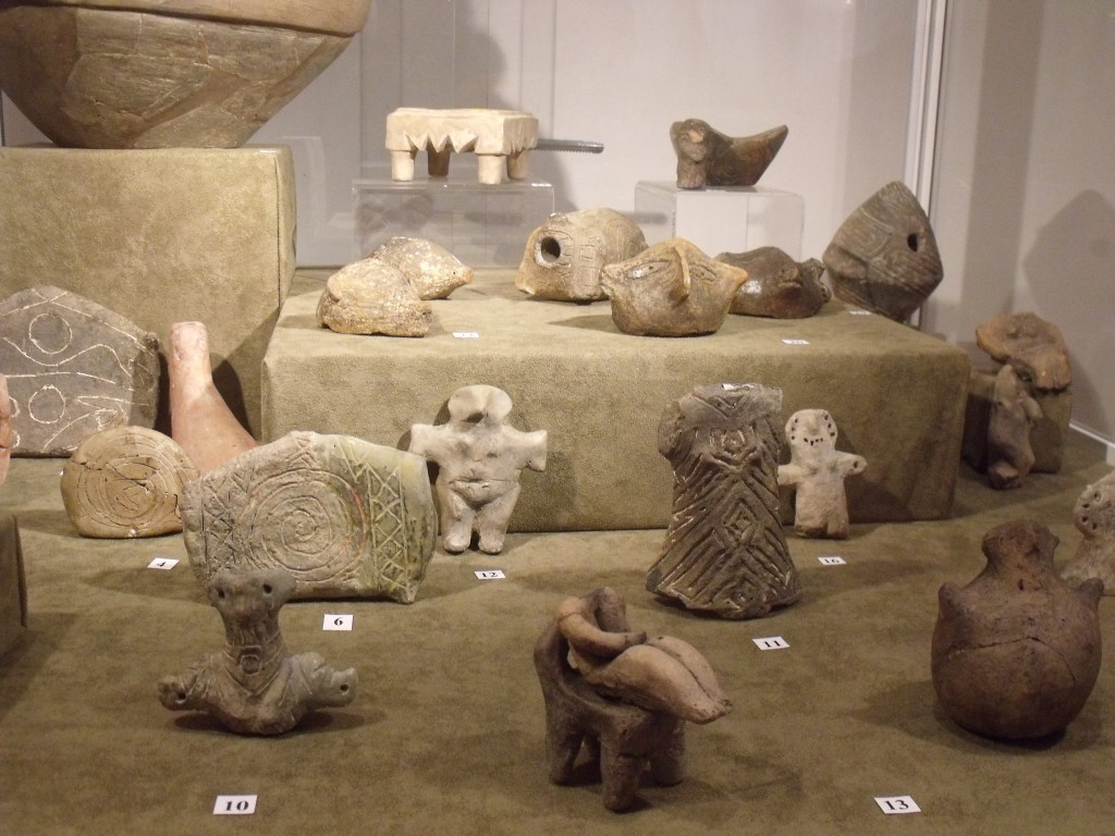 Neolithic figures of goddesses