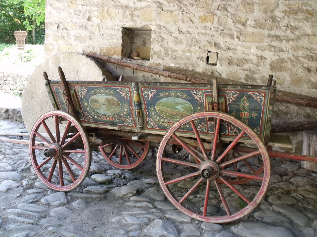 Painted cart. The most embellished, the more expensive and so the wealthier the owner