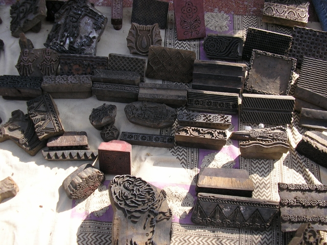Wooden printing blocks of various patterns and motifs