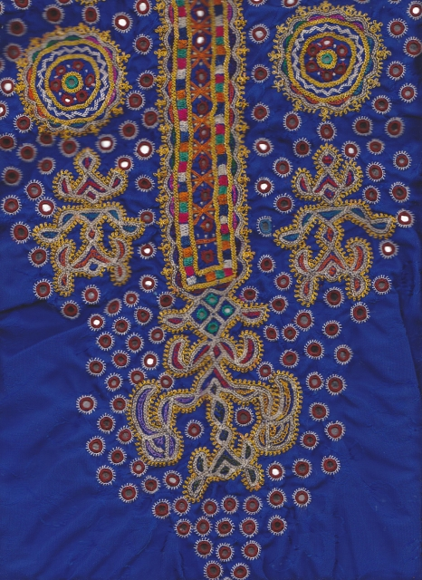 Mutwa embroidered blouse from Dhordo Kachchh