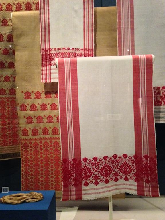 Gamucha scarves
